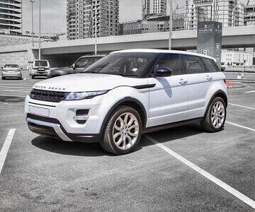 Range Rover Evoque cabriolet in white