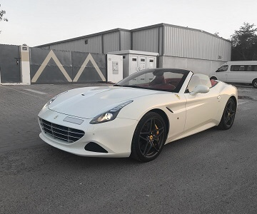 Ferrari California cabriolet in white