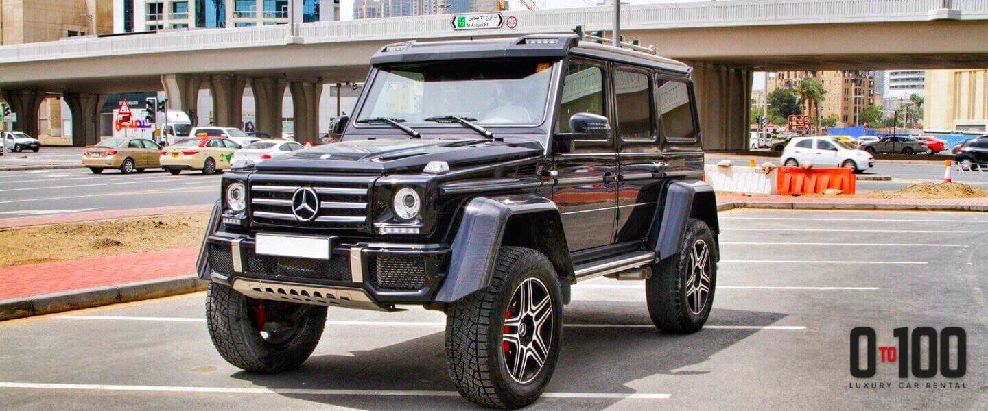 Mercedes-Benz G500 4x4 in black color