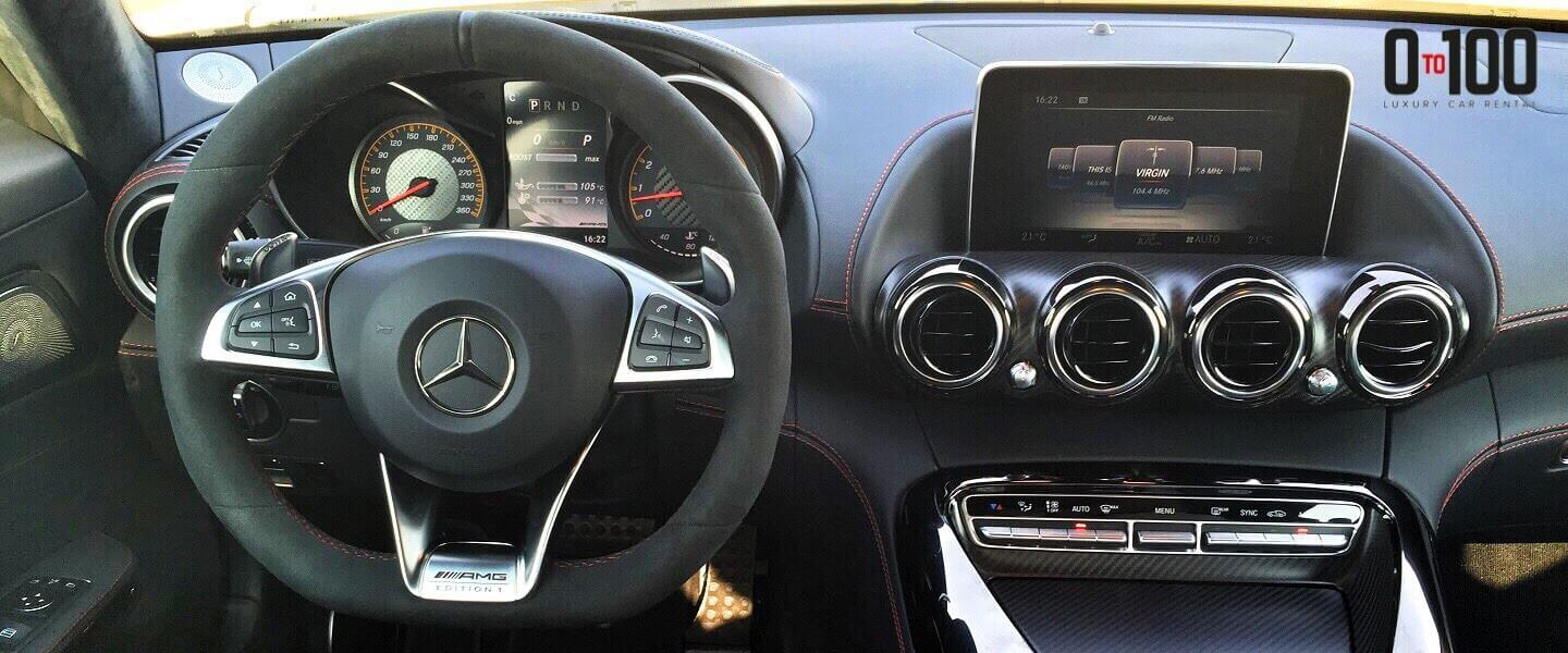 Mercedes-Benz S500 interior