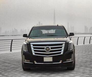 Cadillac Escalade в черном цвете