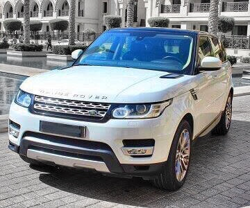 Range Rover Sport in white