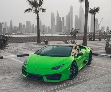 Lamborghini Huracan rental in green