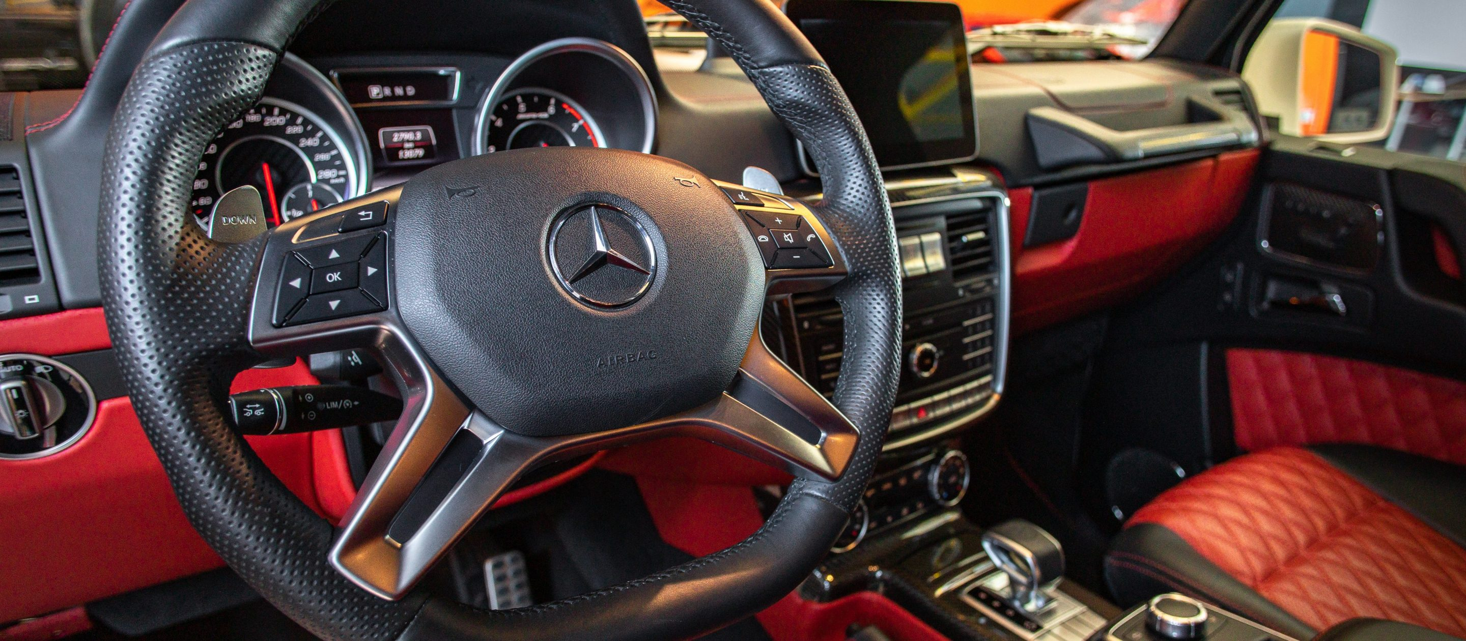 Mercedes-Benz G63 interior