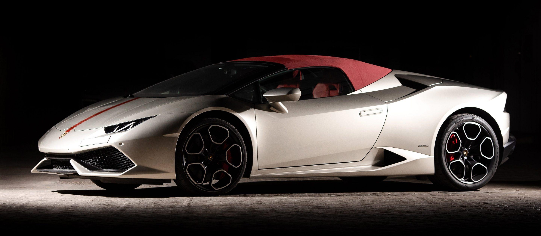 Lamborghini Huracan Spyder серого цвета