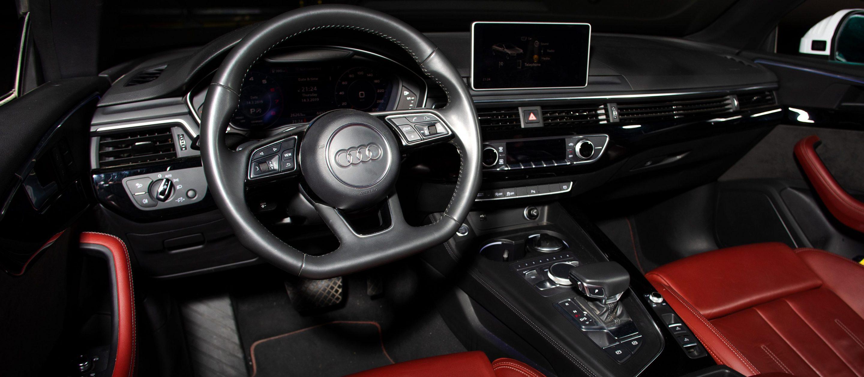 Audi A5 Cabrio салон