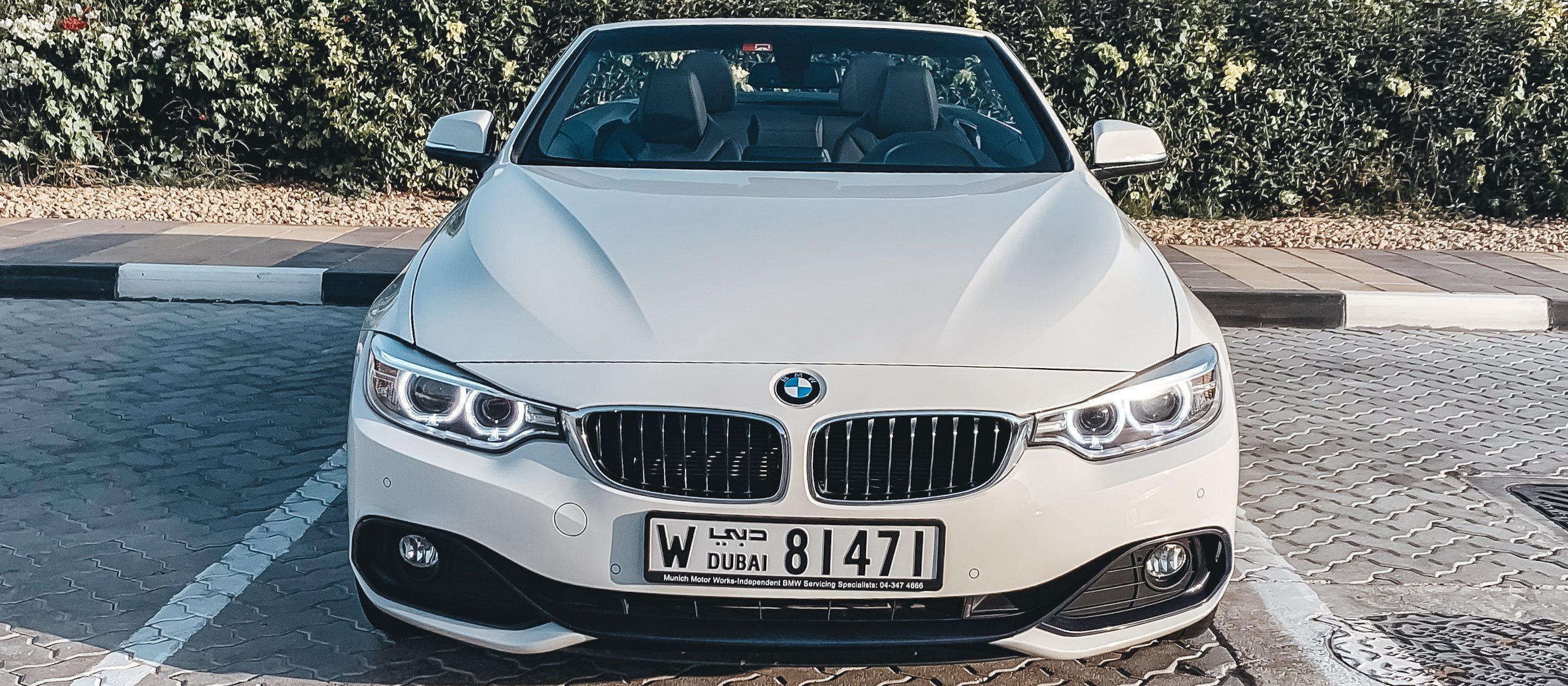 BMW 420i Cabrio in white color